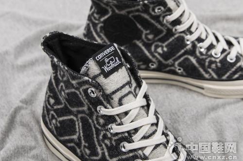 Woolrich 與 Converse 合推聯名鞋款