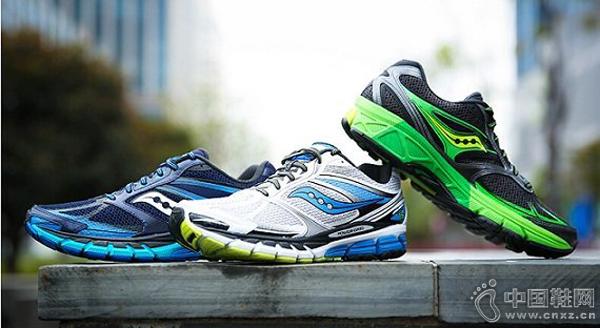 世界四大名跑鞋_中国鞋网:四大顶级跑鞋是否名副其实?(图)