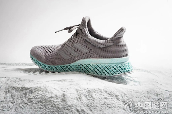 adidas聯手Parley for Oceans打造3D打印跑鞋