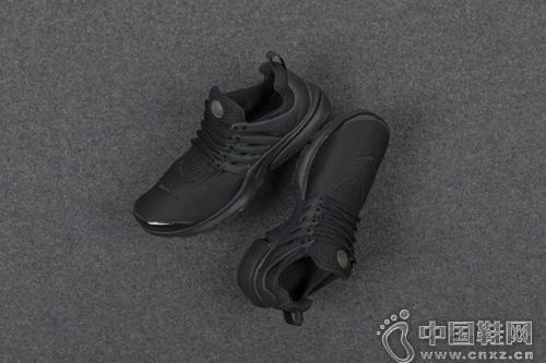 Nike Air Presto 全黑配色