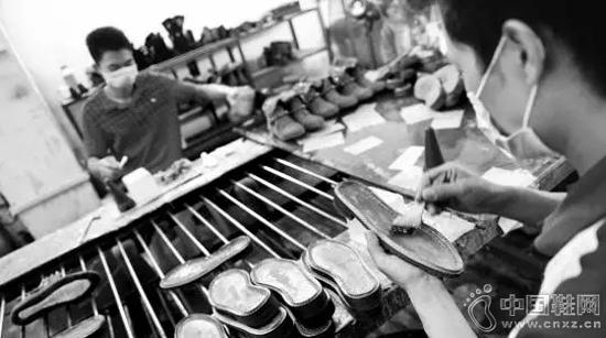 假冒生产鞋厂鲎夥�