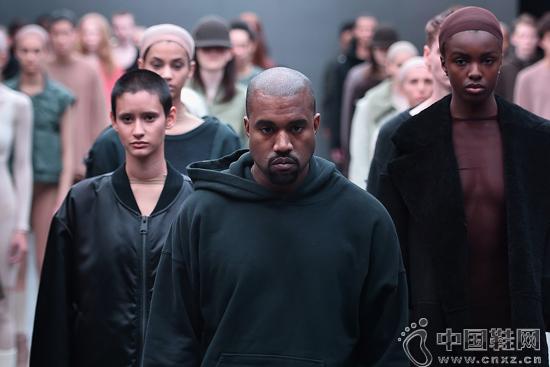 阿迪达斯总监Jon Wexler大谈与巨星Kanye West的合作过程