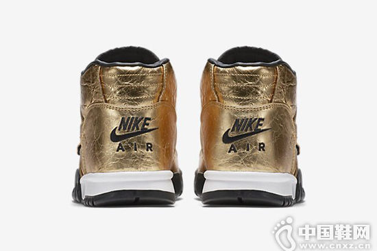 Nike Air Trainer 1 Super Bowl 50 別注配色
