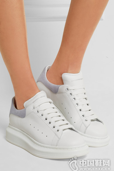 Alexander McQueen 皮革绒面革厚底运动鞋