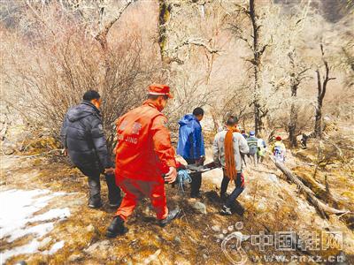 国内资深攀冰者张彬四姑娘山坠亡 年仅37岁