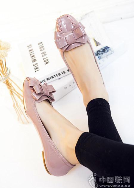小香风蝴蝶结方头平底单鞋