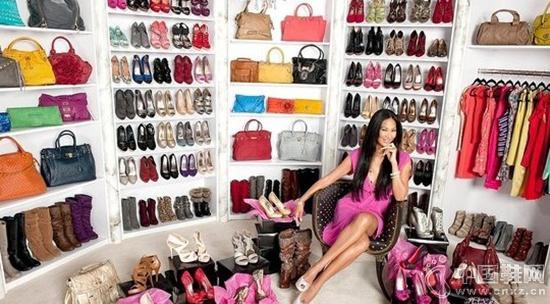 百丽、达芙妮、柯玛妮克等女鞋品牌的线上战争