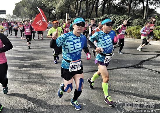 最近一年多,张志勇开始跑马拉松并从中获得了乐趣