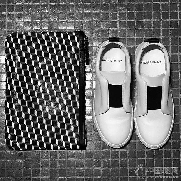 Pierre Hardy标志性的Cube图案文件袋及男鞋