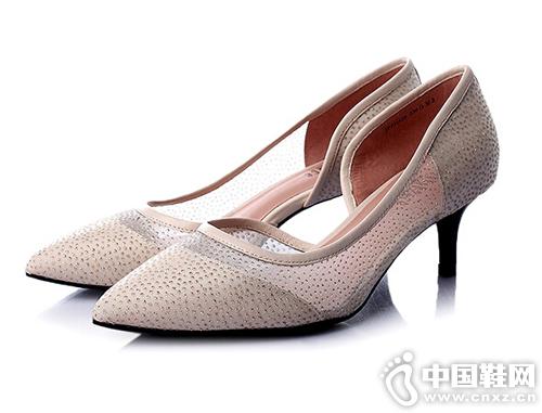 尖頭時尚回歸 真美詩女鞋2016新款搶先看
