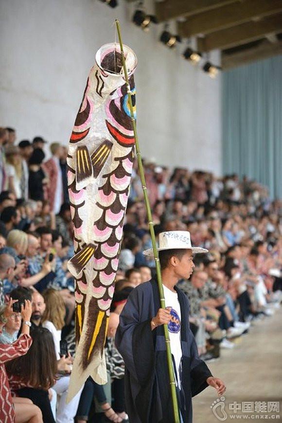意大利,佛罗伦萨男装展中的维斯维木时装秀
