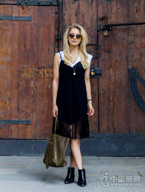 今夏,你值得吊带裙所有的风情与美好