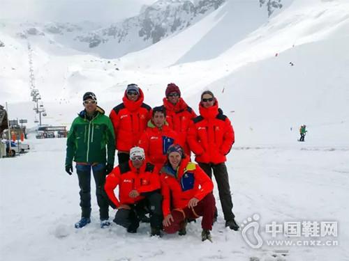 凯乐石与法国登山联合会(FFCAM)签约为其提供装备