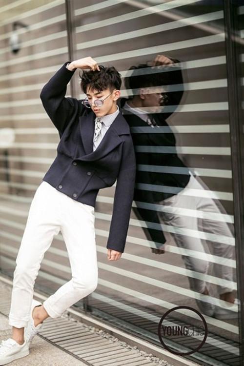 郭俊辰拍摄时尚大片 诠释复古文艺范儿