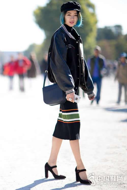 玛丽珍鞋再次回潮 看街拍潮人的搭配示范