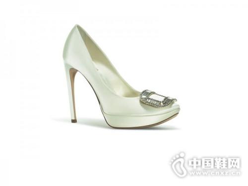 """看了""""华心夫妇""""大婚,怎能不看心如的4双婚鞋"""
