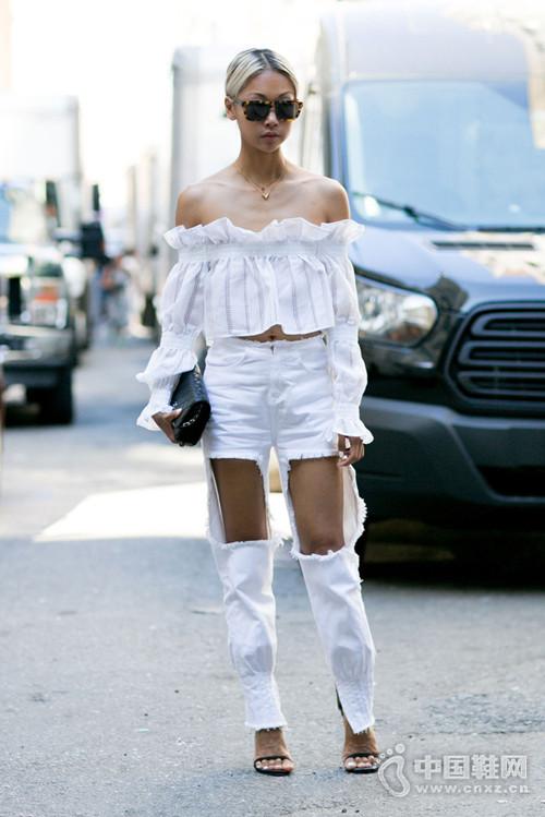 【街拍】今夏穿这些露肉衣只有显瘦的份