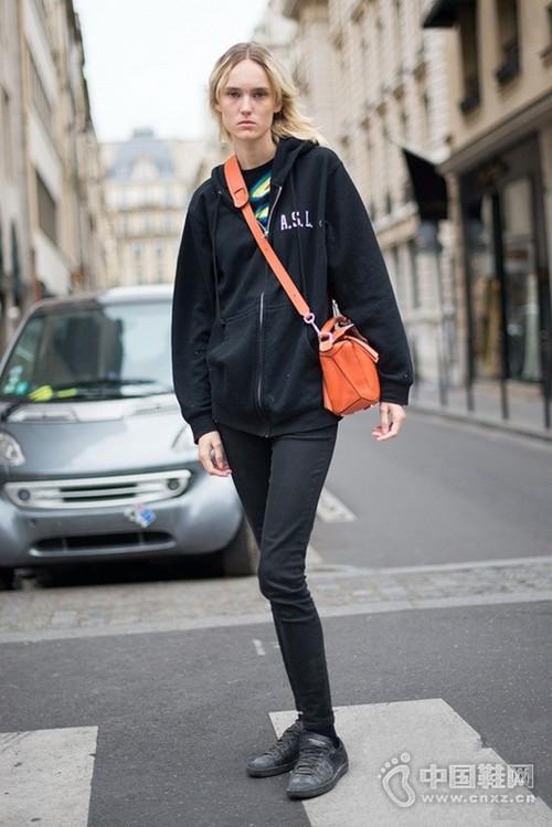 2016秋冬巴黎高定周街拍 潮人实力养颜秀造型