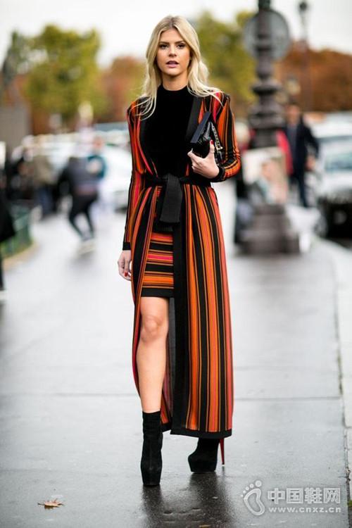 秋季必备最火长开衫 网红街拍都爱的时髦单品