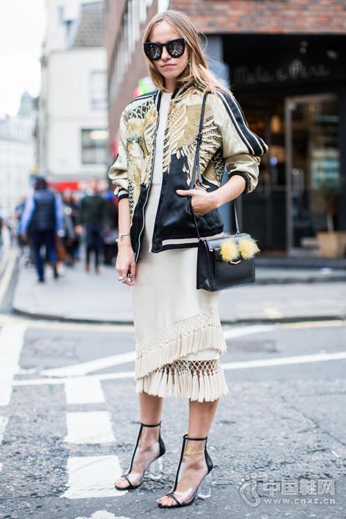 终于到伦敦时装周 这些街拍太辣眼