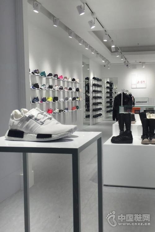 J-01 上海全新概念店