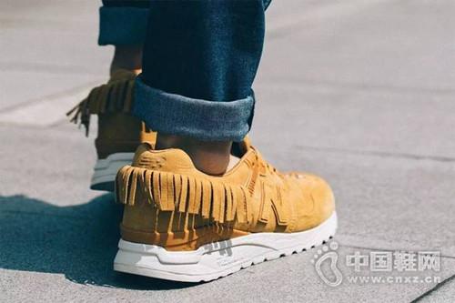 美國人居然把周傑倫的歌做成鞋子!