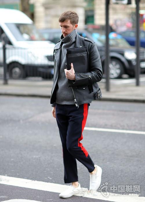 【街拍】能穿好高领毛衣的男人 品位一定差不了