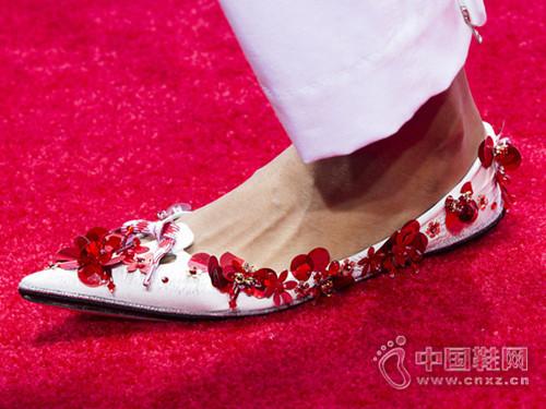 """2016""""小船鞋""""流行趋势 妹子们最爱穿的美鞋又来啦"""