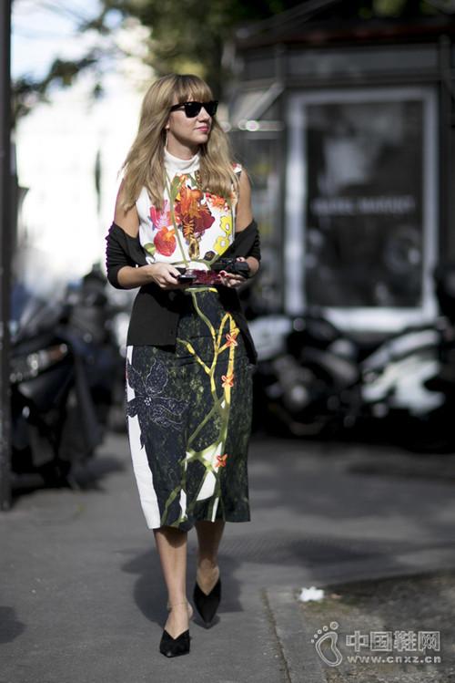 【街拍】冷冬即将来临 快把如春花朵穿上身吧