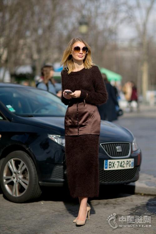 爱裙女士必入 大冷天穿这些毛衣裙就能美得惊人