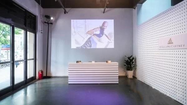 adidas by Stella McCartney以运动时尚高科技迸发女性新力量