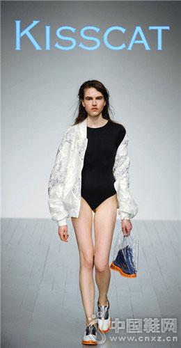 炫炸的伦敦时装周 国产女鞋KISSCAT大放异彩