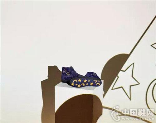 米老鼠90周年推出Vans x Disney個性聯名限定系列