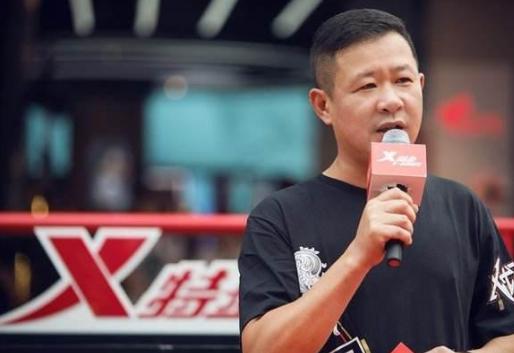 中国平民运动鞋之王:9小时卖2亿全球6230家店,排名紧随安踏李宁