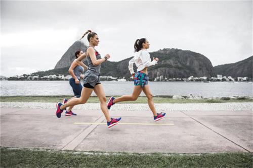 盡管過渡期最大跑鞋仍可能增加受傷風險
