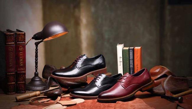 紅蜻蜓鞋業錢金波:專注比轉型更重要