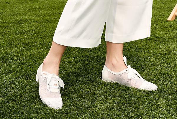 加盟什么品牌女鞋店?丹比奴14年穩健,率先搶占市場份額