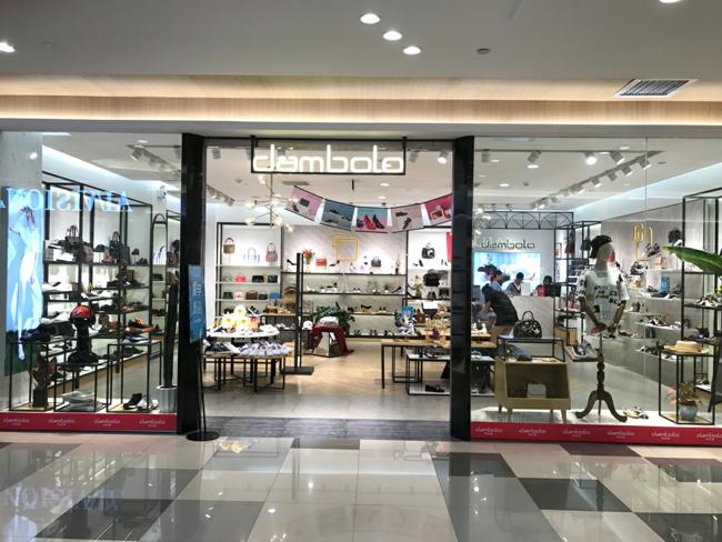丹比奴女鞋,行業內好評度不斷,消費者放心滿意品牌!