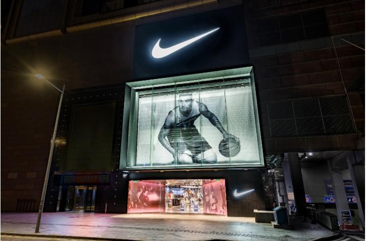 耐克全球首家NIKE RISE概念店落地廣州,加速數字化零售布局