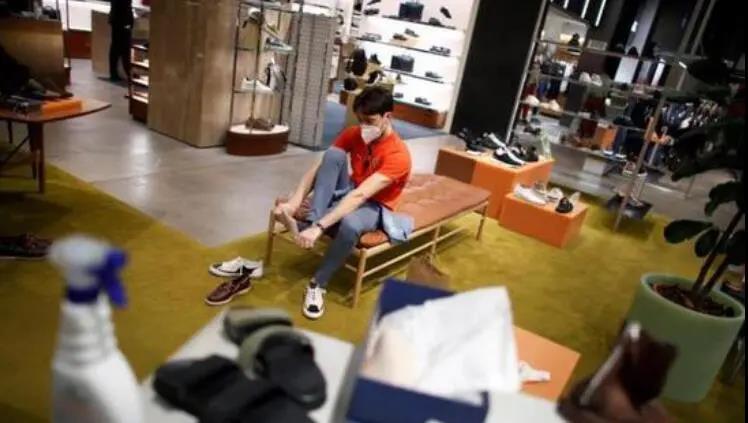 受新冠疫情影响 上半年意大利鞋类销售下降了37.8%
