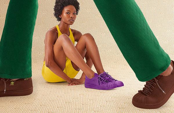 菲董 x Adidas 联名 Superstar PK 鞋款系列鲜艳纯色