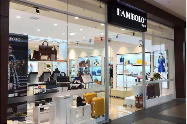 為什么丹比奴女鞋能夠成為擁有上千家門店的加盟品牌?
