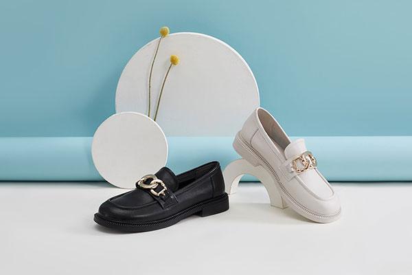 色非Sofit女鞋精彩呈现10年跨越品牌奇迹