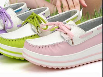 2013年秋季新款坡跟松糕女鞋