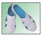 防静电PVC套带四眼工作鞋