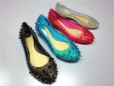 防狼鞋 一脚蹬铆钉平跟塑料凉鞋 雨鞋 沙滩凉鞋 女鞋