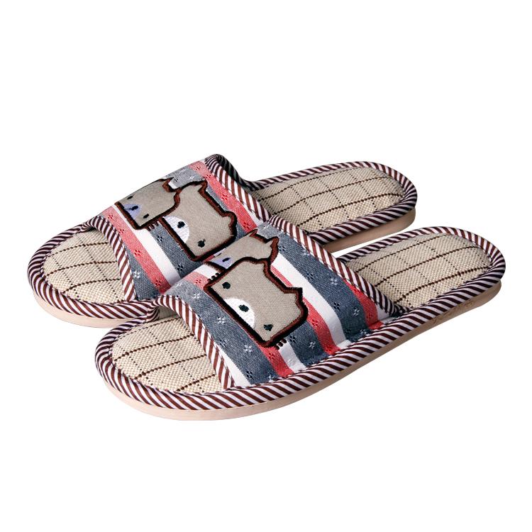 供应防滑透气型家居拖鞋