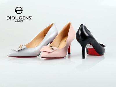 迪欧摩尼品牌女鞋加盟把握商机