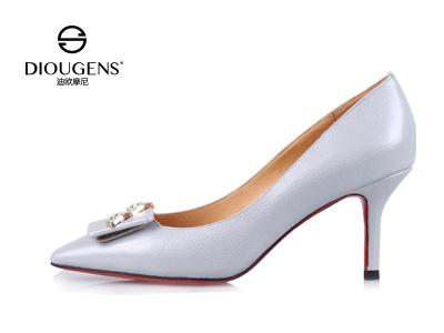 广州迪欧摩尼品牌鞋 时尚潮馆人气高
