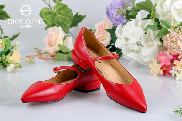 迪欧摩尼时尚女鞋主题生活馆 全方位保护复制成功
